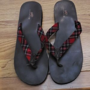 Almost new Plaid flip flops size 10